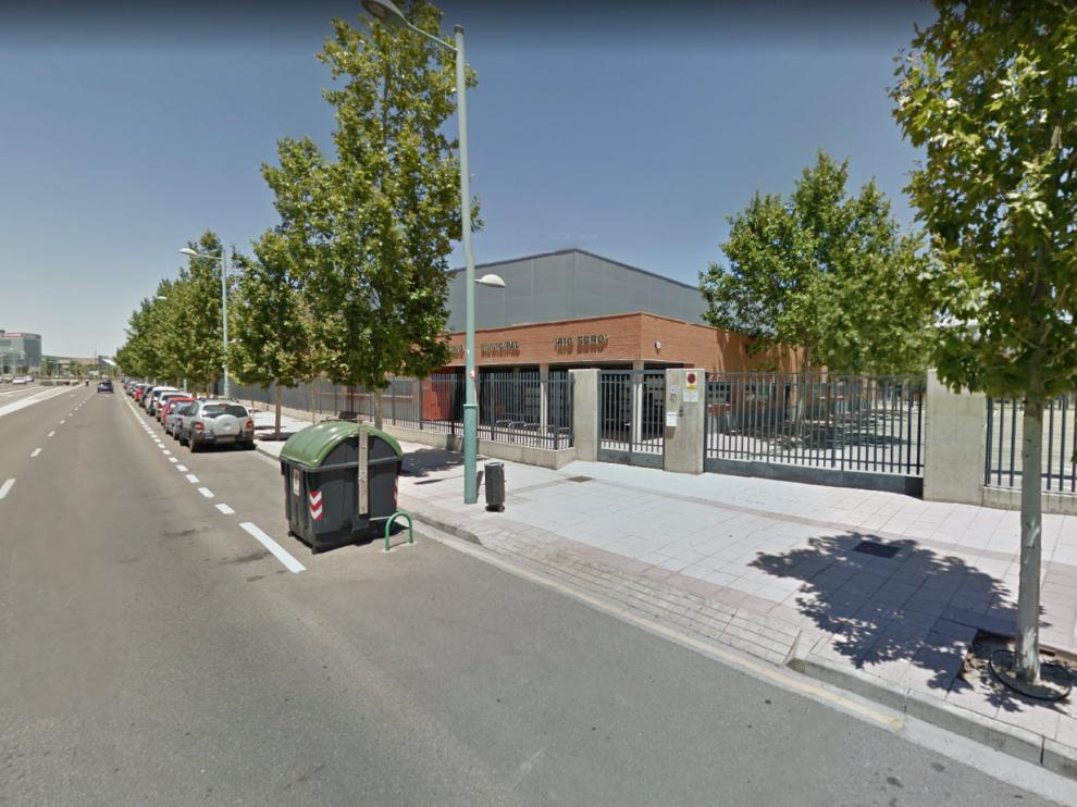 Imagen del exterior del Centro Deportivo Municipal Río Ebro de Zaragoza