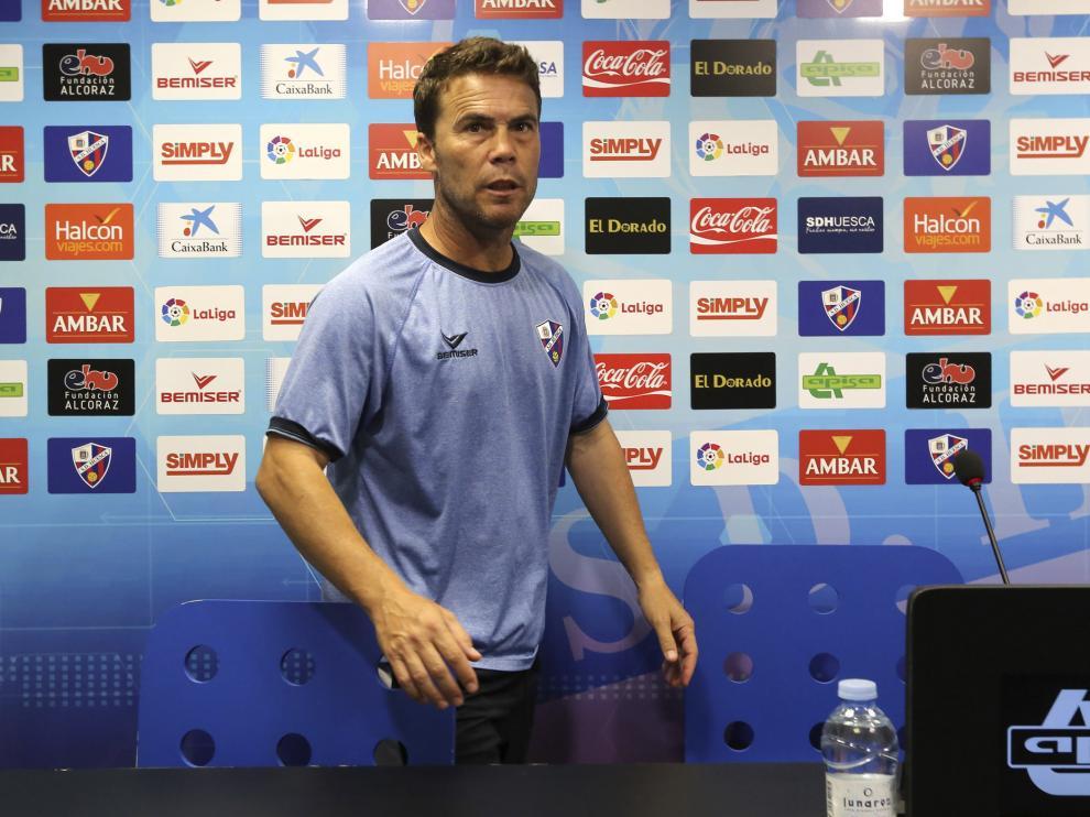Rubi, entrenador del Huesca, este viernes en la sala de prensa.
