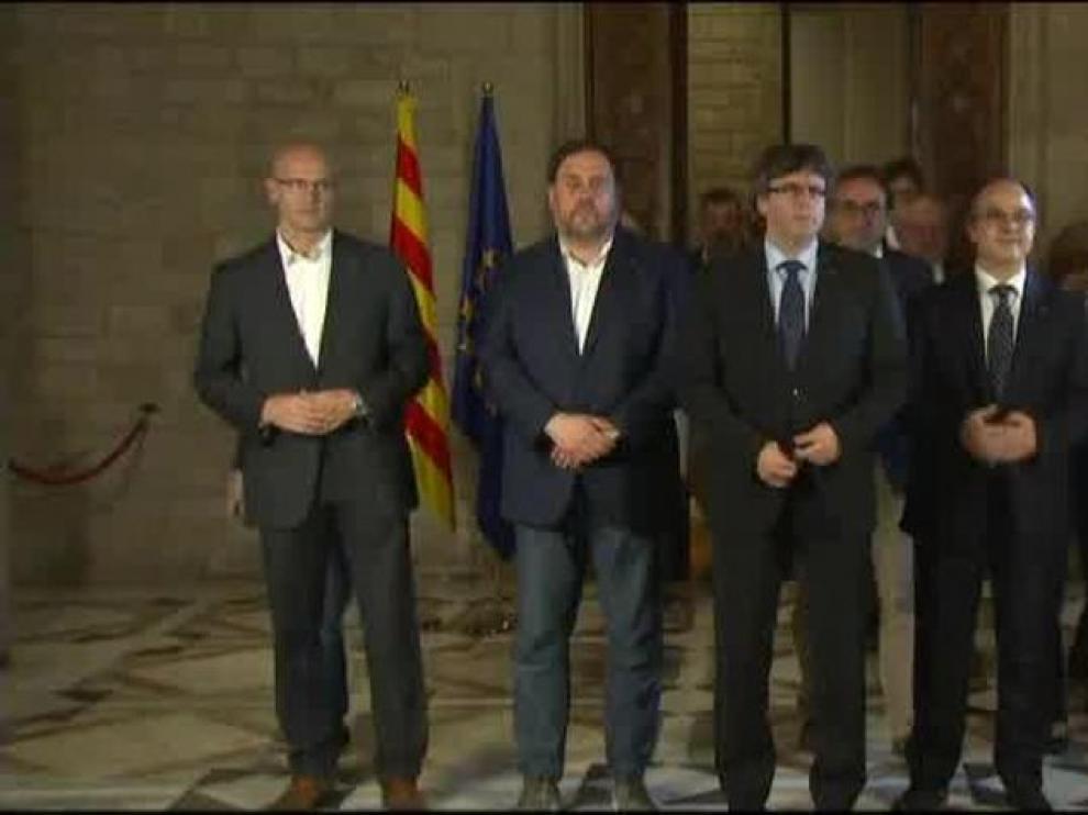 Miembros del Govern cesados.