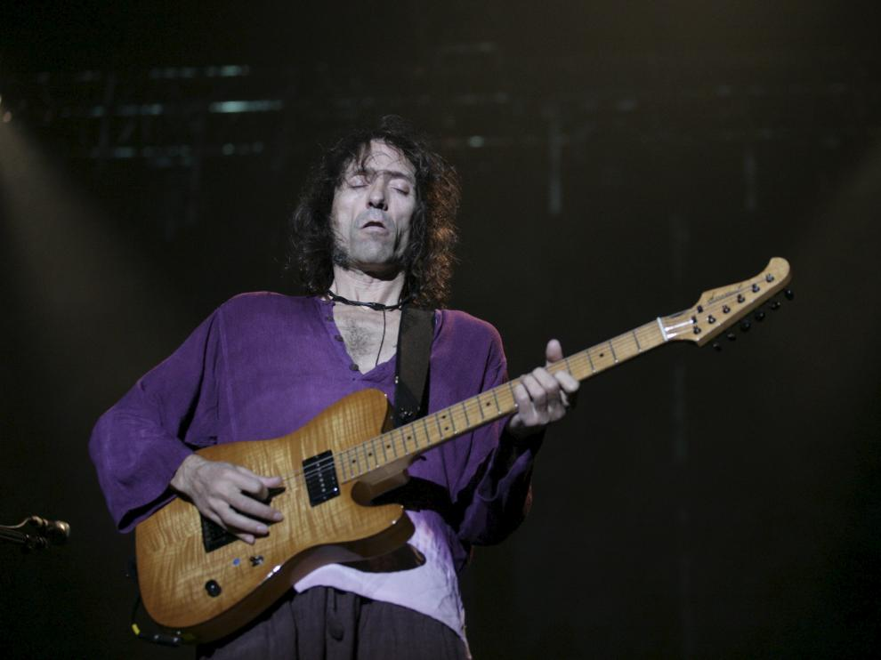 Iniesta, en un concierto en 2008 en Zaragoza.