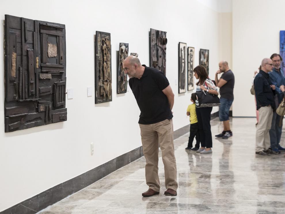 Una exposición en el Museo de Zaragoza.