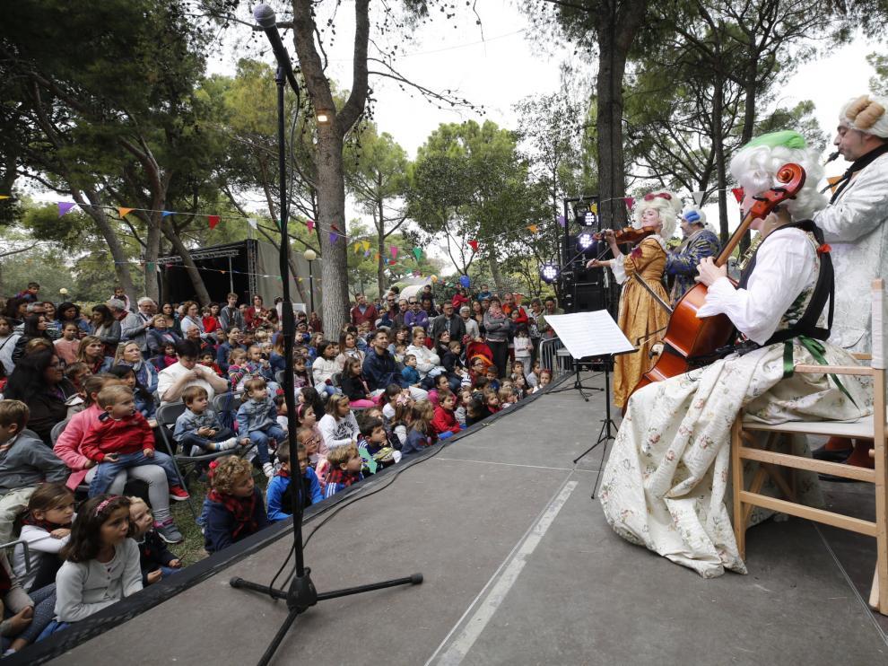 El Parque de las Marionetas es una de las citas gratuitas más demandadas por el público en las Fiestas del Pilar.