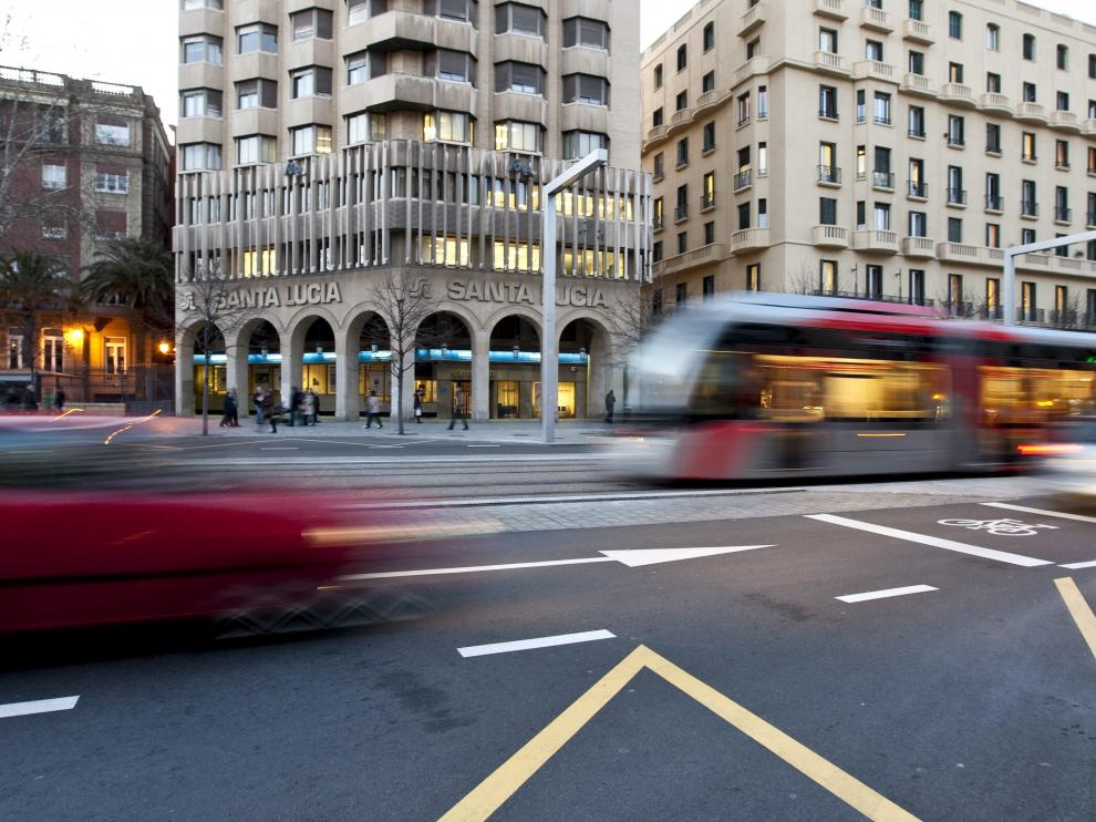 El tranvía ha sido una de las irrupciones que más cambios ha producido en la movilidad de la ciudad en los últimos años.