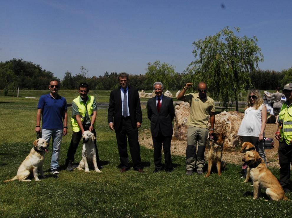 La patrulla canina antiveneno de Aragón en una foto de 2012.