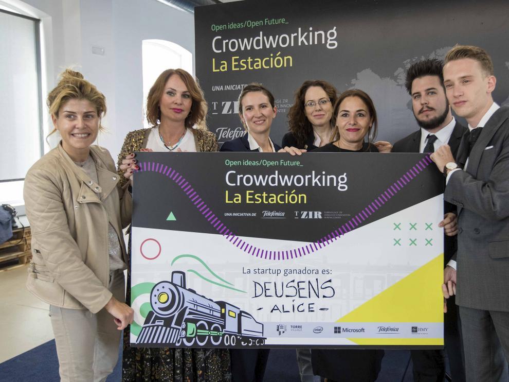 Almudena Moreno (Telefónica); Carmen Herrarte (T_ZIR); Azucena Elbaile (Barrabés); Diana Pottecher (mentora); MªJosé Sanz (Liderlamp) y Guillermo Zaragozano y Álvaro Antoñanzas (Deusens).