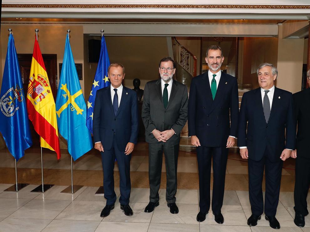 Felipe VI y Mariano Rajoy, junto a Jean-Claude Juncker, Donald Tusk y Antonio Tajani