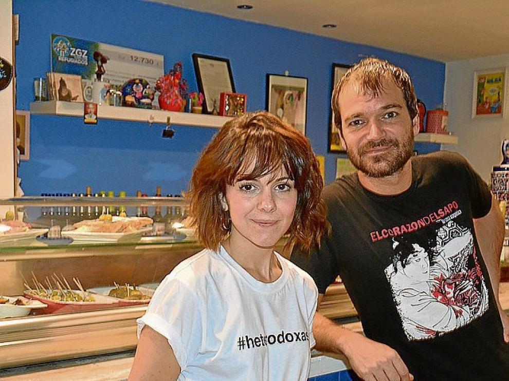 Pablo Chueca y Sara Ruiz, propietarios del bar Gilda.