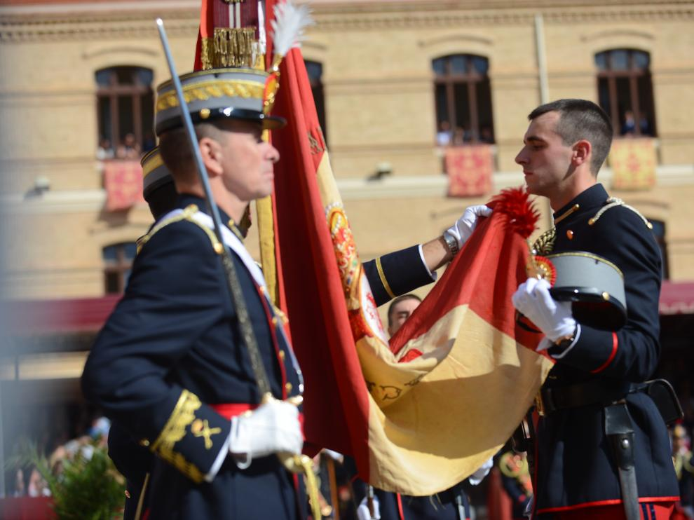Jura de bandera en la Academia General Militar de Zaragoza
