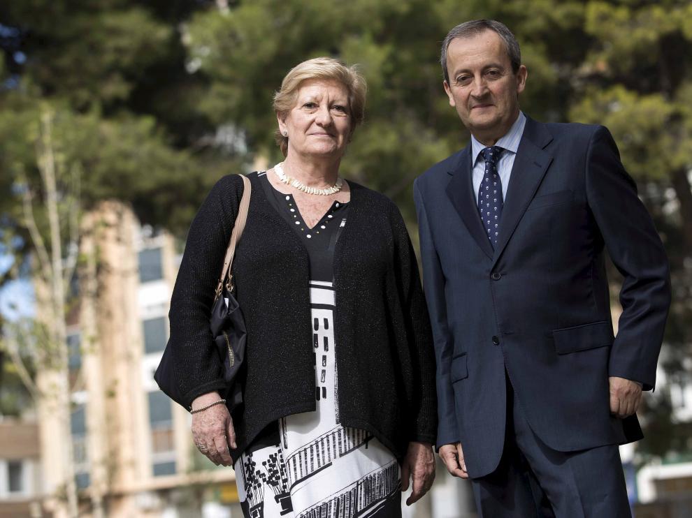 Concha Ferrer y Juan Alberdi optan a la presidencia del Colegio de Médicos de Zaragoza.