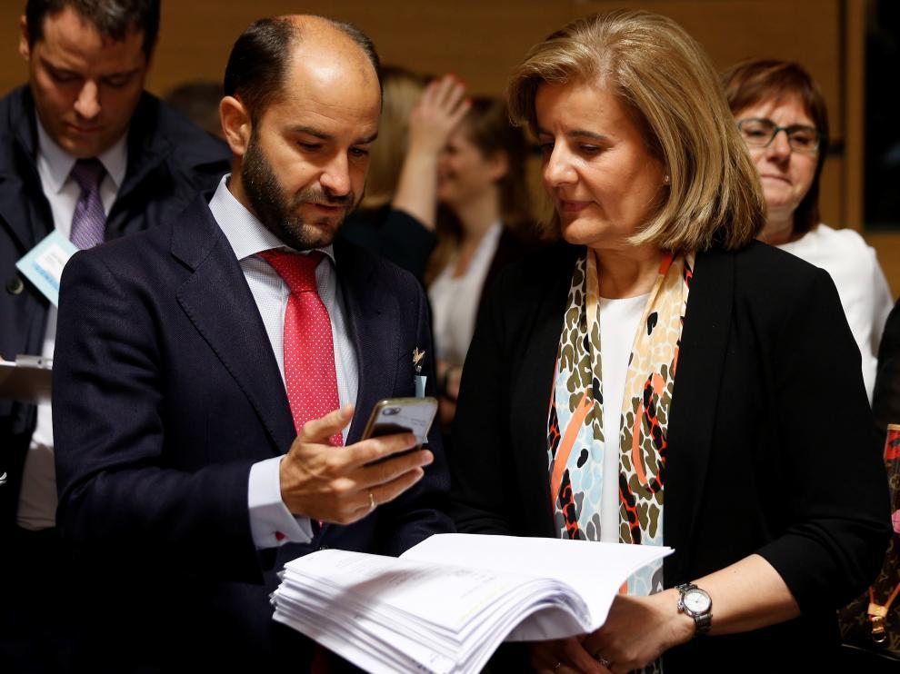 La ministra de Empleo española, Fátima Báñez, en la reunión de ministros celebrada en Luxemburgo.
