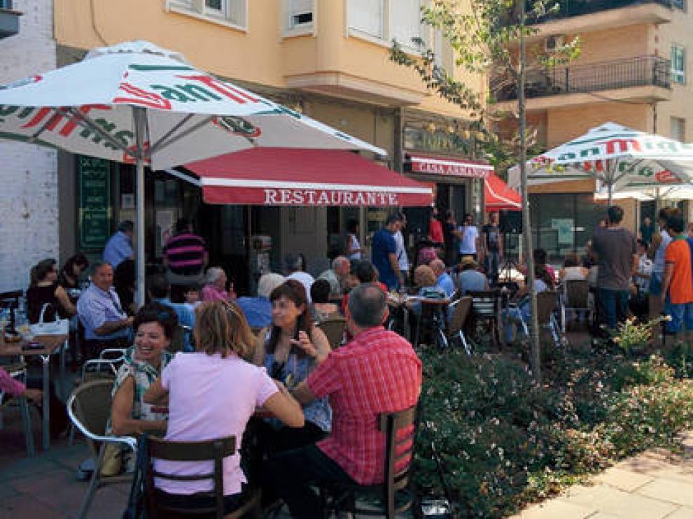 Bares, restaurantes y comercios de Fraga se benefician de las ayudas.