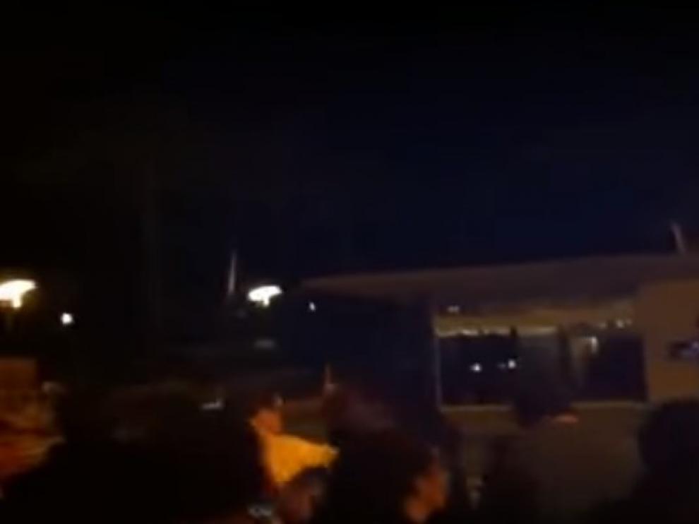 Escrache contra los guardias civiles alojados en un campin de Gerona