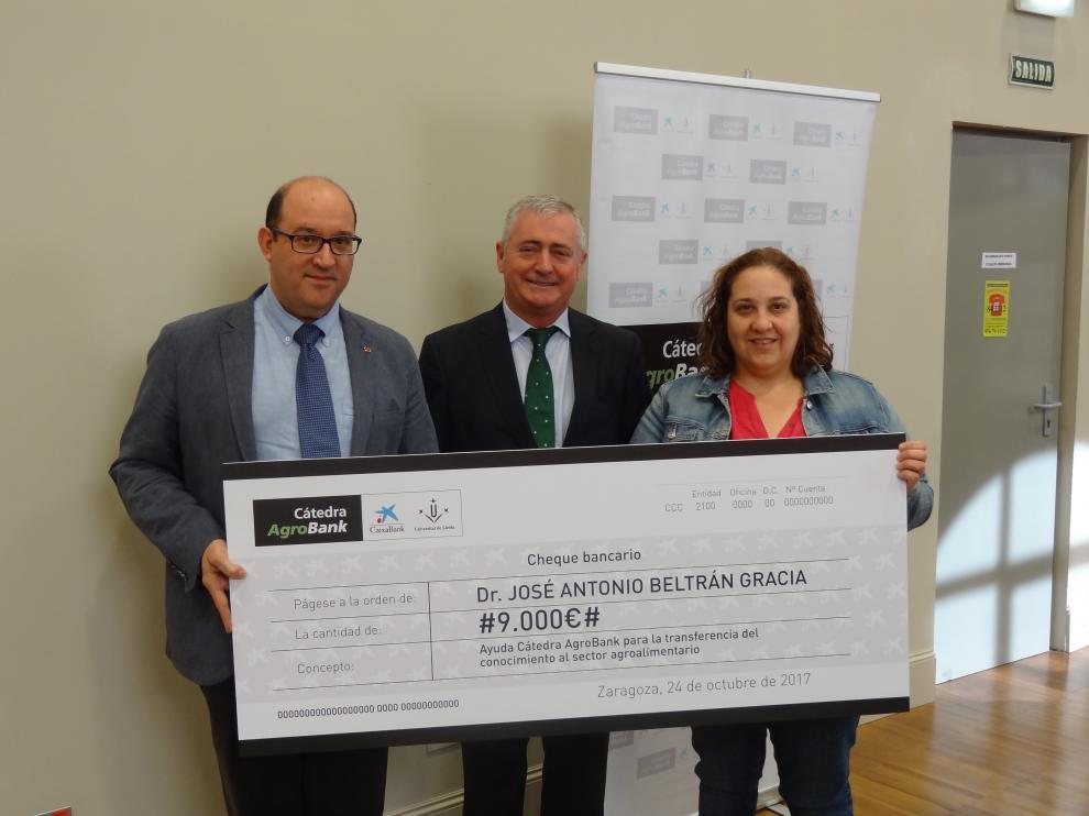 Entrega del premio de la cátedra AgroBank