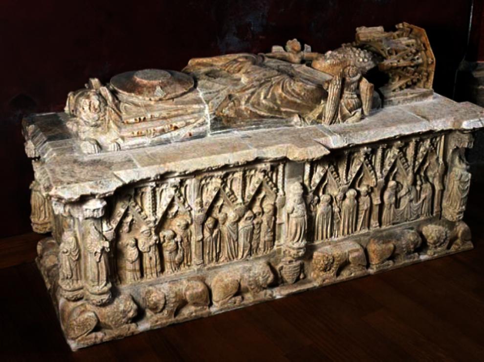 Uno de los enterramientos que se encuentran en la catedral.