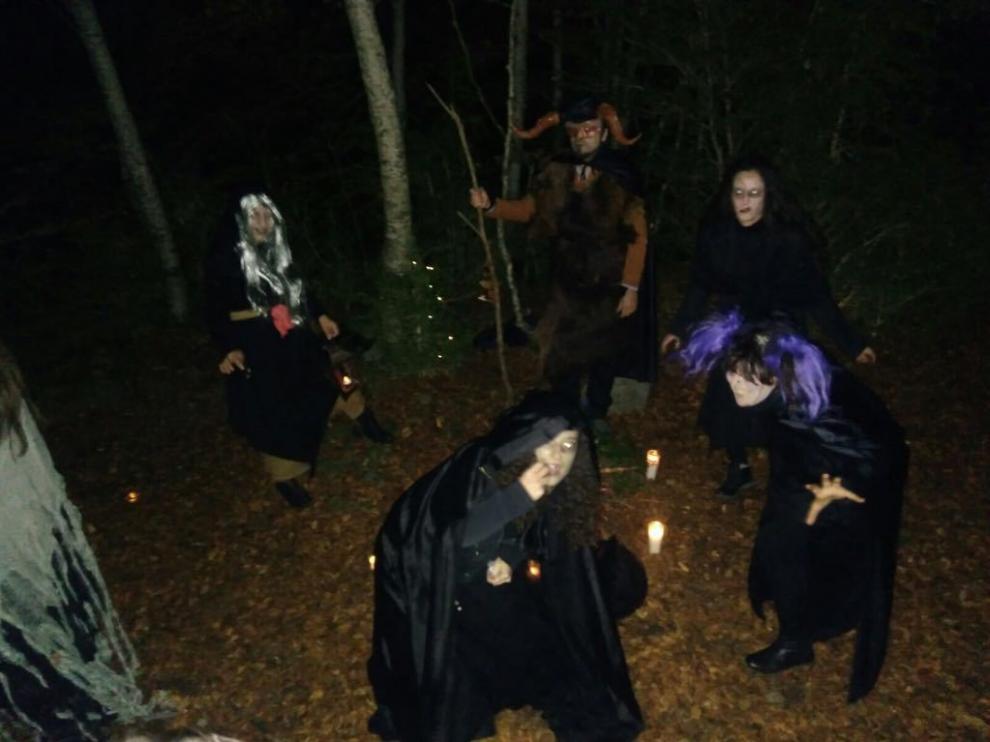 Representación de un aquelarre en el Valle de Tena