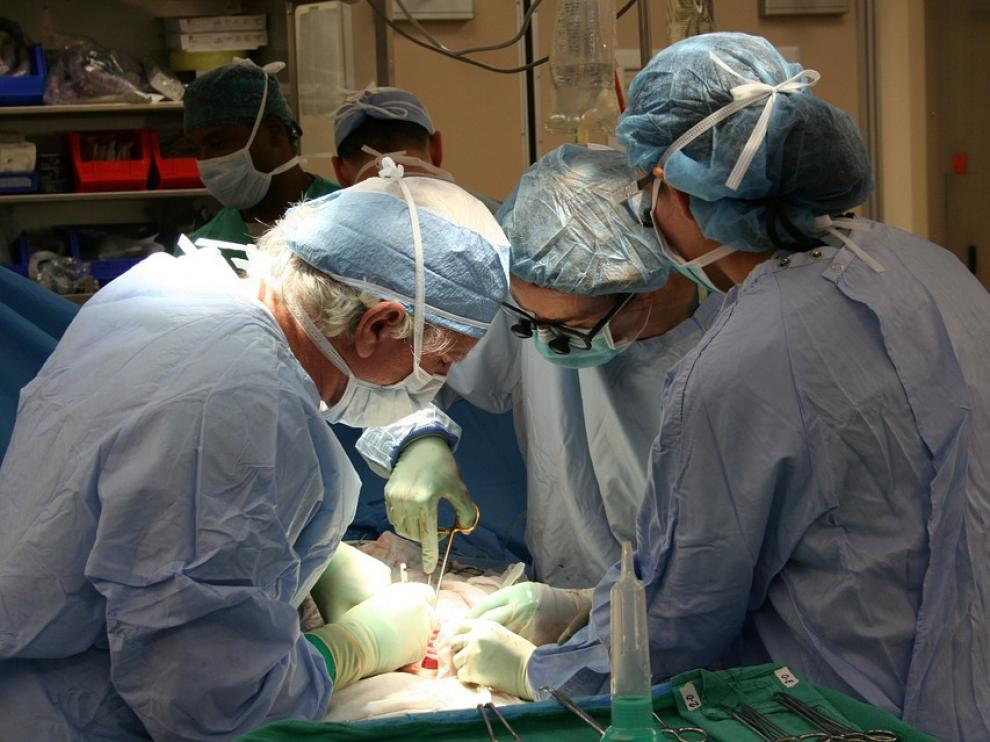 Imagen de archivo de una operación quirúrgica.