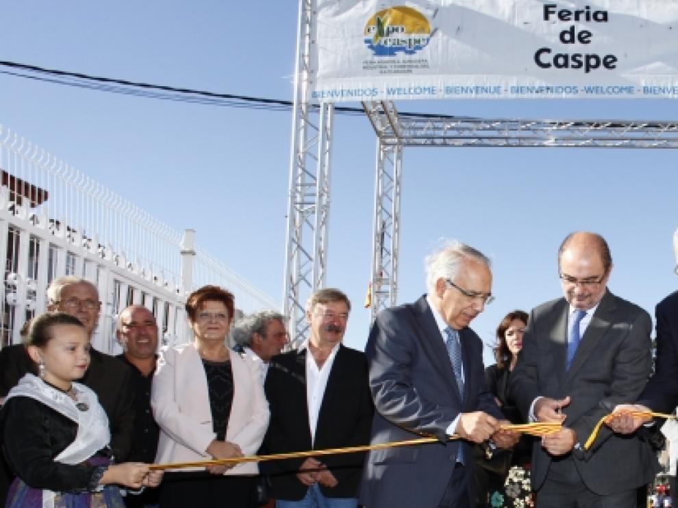Lambán inauguró la XXXVII edición de la Feria Agrícola, Ganadera, Industrial y Comercial del Bajo Aragón