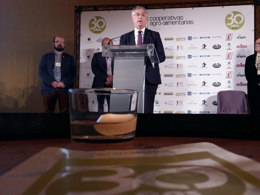 Joaquín Olona en el aniversario de las Cooperativas Agroalimentarias de Aragón.