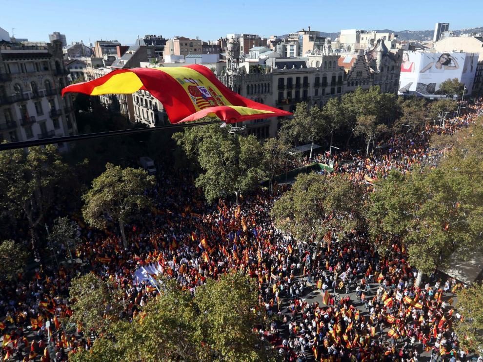 Masiva manifestación en Barcelona por la convivencia