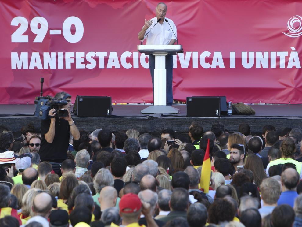 El ex secretario general del PCE, Paco Frutos, se ha declarado 'botifler' contra el dogmatismo sectario.