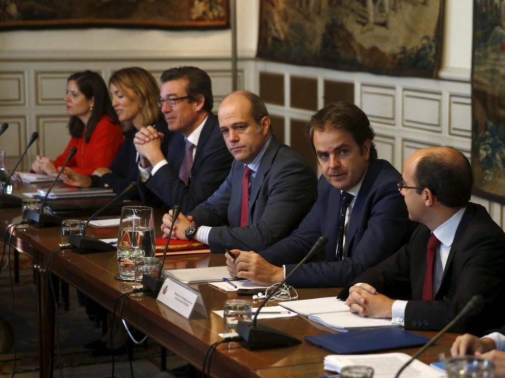 Bermúdez de Castro presidiendo la reunión de subsecretarios de Estado del pasado sábado para coordinar la aplicación del artículo 155.