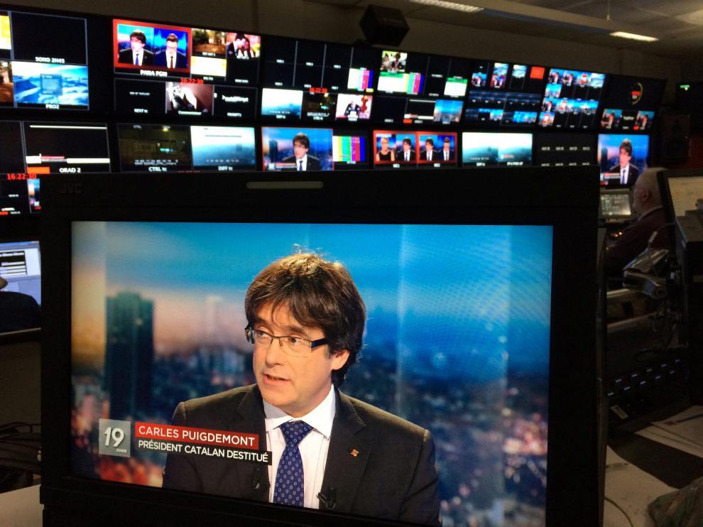 Carles Puigdemont, durante la entrevista en la televisión belga este viernes.