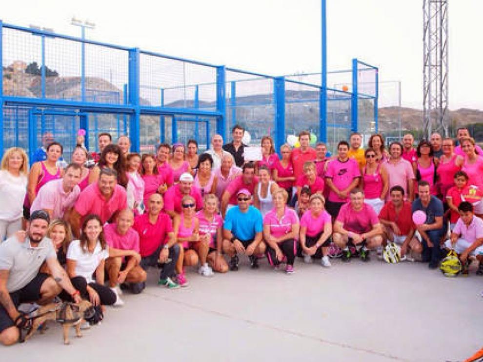 Pádel solidario en Cuarte en la lucha contra el cáncer | Noticias de ...