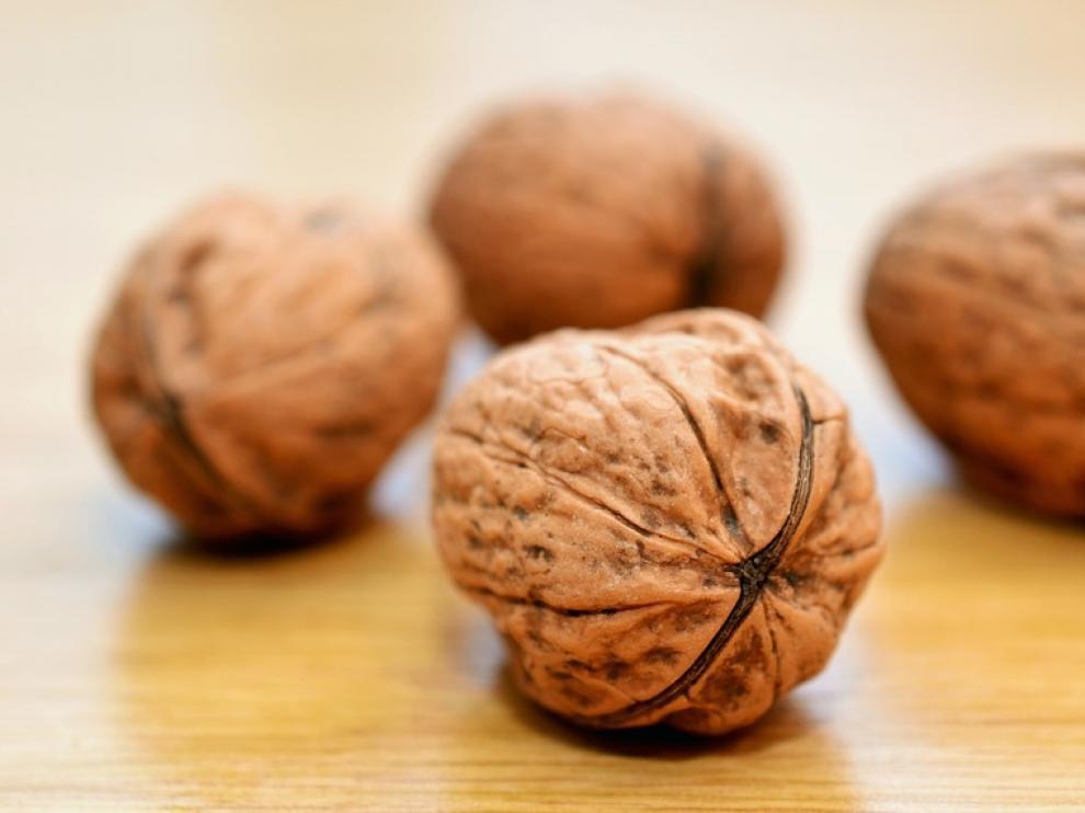 Un estudio sugiere que el consumo de nueces reduce la prevalencia de síntomas de depresión.