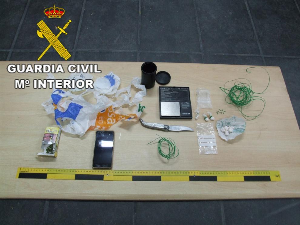 Dos detenidos por tráfico de cocaína en Alloza