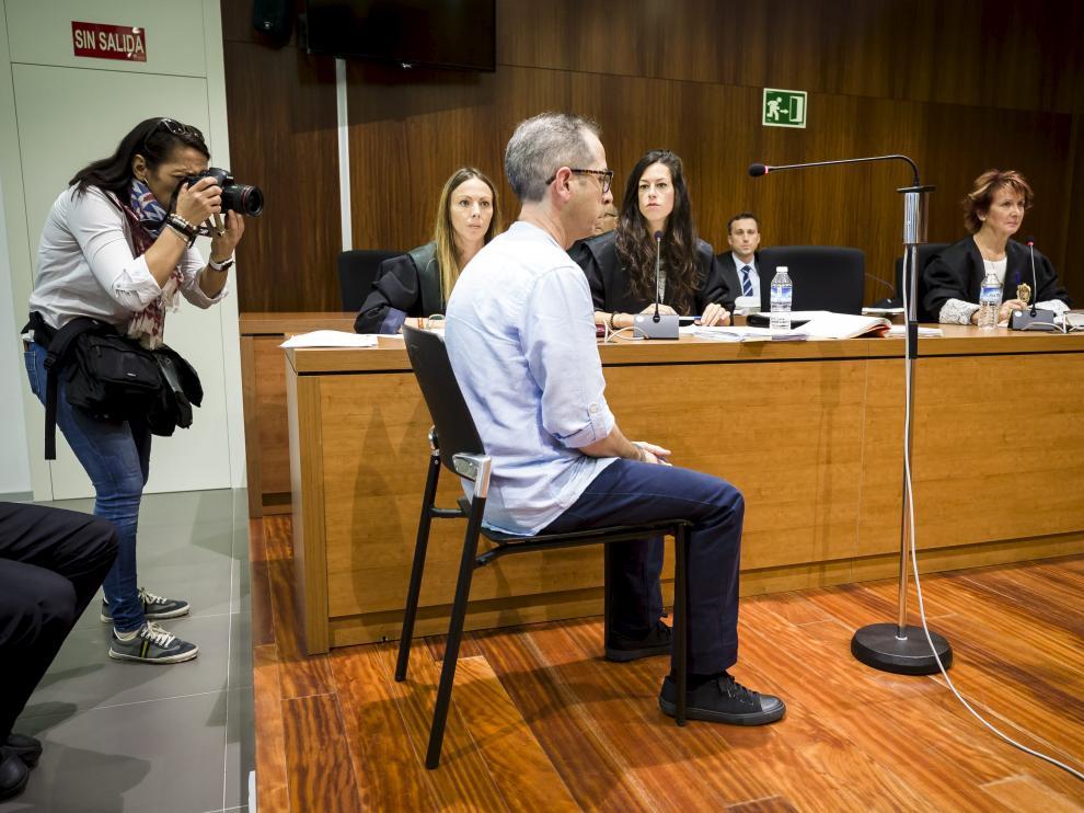 El condenado, Francisco Canela Grima, durante el juicio celebrado en la Audiencia de Zaragoza.