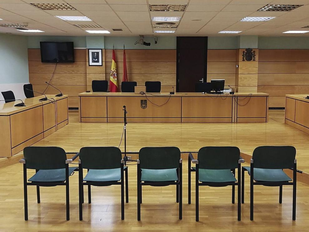La sala del Palacio de Justicia de Pamplona donde se juzgará a los cinco detenidos por violación grupal de San Fermín