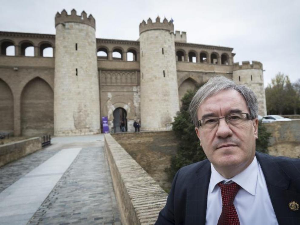 El magistrado Ángel Dolado, titular del Juzgado de Primera Instancia 16 de Zaragoza, ante las Cortes de Aragón