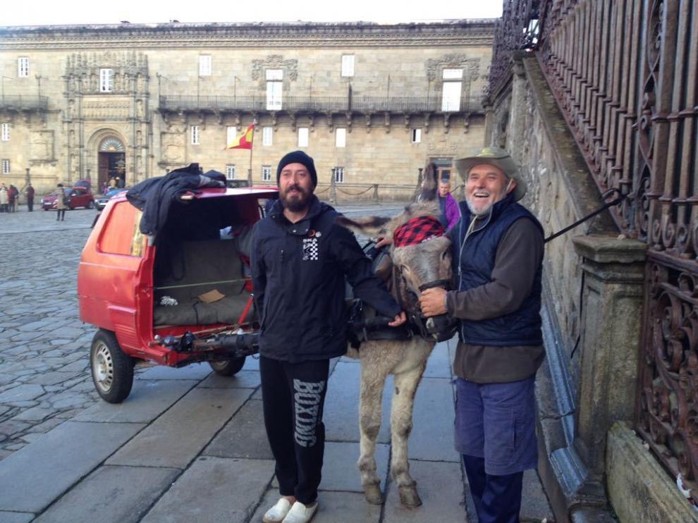 Un momento de su llegada a la catedral de Santiago.