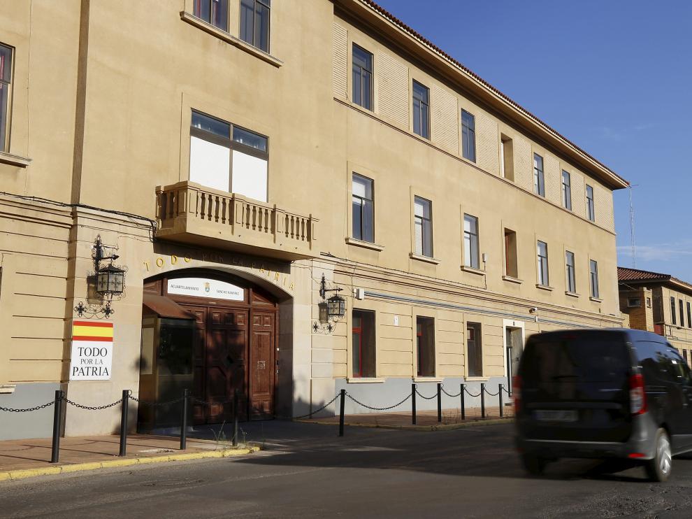 Edificio del cuartel de Sancho Ramírez, en Huesca, donde se instalará el Cuartel General de la División Castillejos.