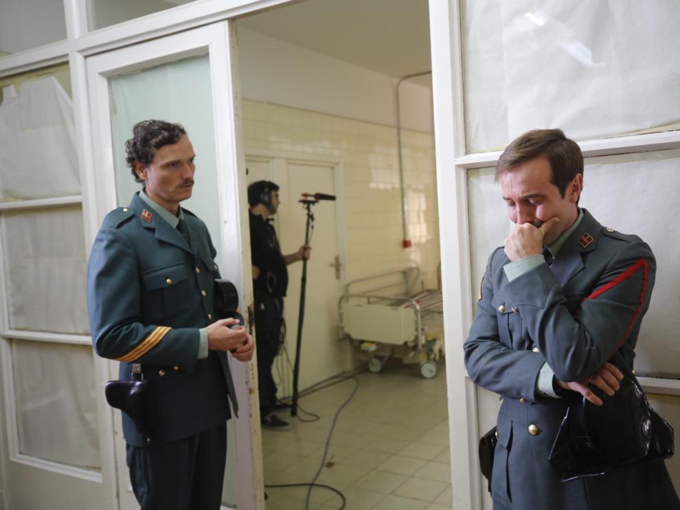 Manuel Toro y Raúl Sanz ruedan una escena de 'Una mañana de invierno'.