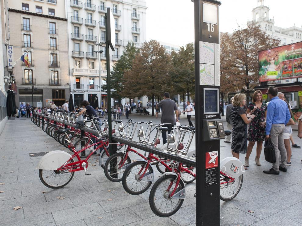 Estación de Bizi de la plaza de España.