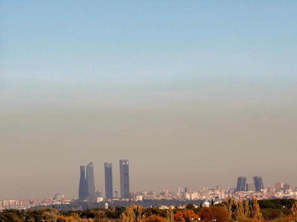 Según los expertos, con sólo limitar el tráfico no se soluciona el problema de la contaminación
