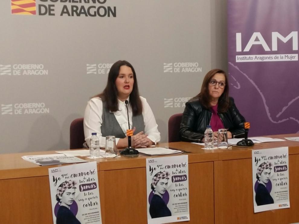Natalia Salvo, directora del IAM, y Carmen Sánchez, presidenta de la FAMCP, este miércoles.