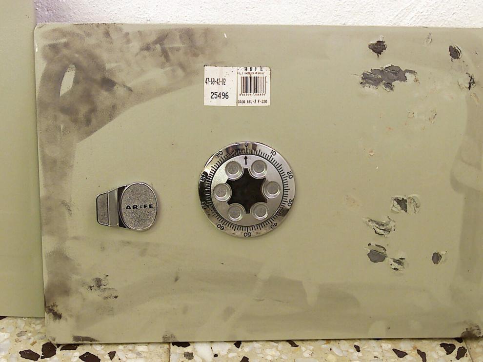 Imagen de archivo de una caja fuerte. Varias de las que robó la banda fueron encontradas vacías en la cuneta de la A-23, a la altura del término de Cuarte de Huerva.