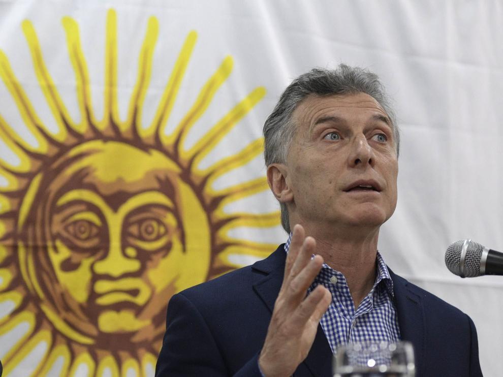 Mauricio Macri, presidente de Argentina, compareciendo antes los medios.
