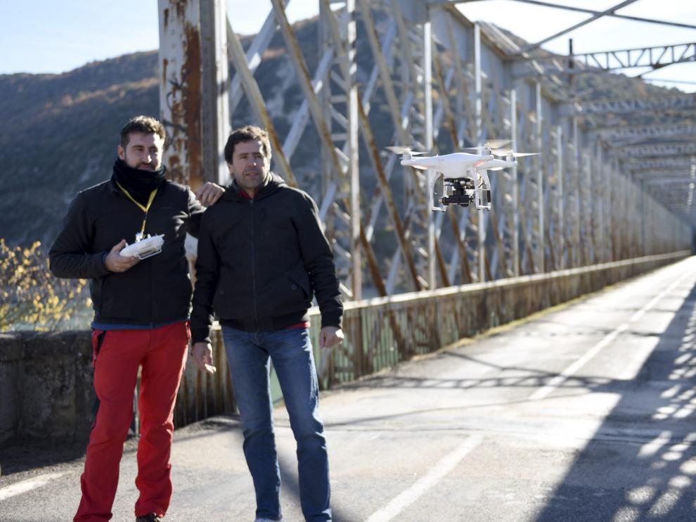 Un Dron Pasa La Itv Al Puente De La Peña Noticias De