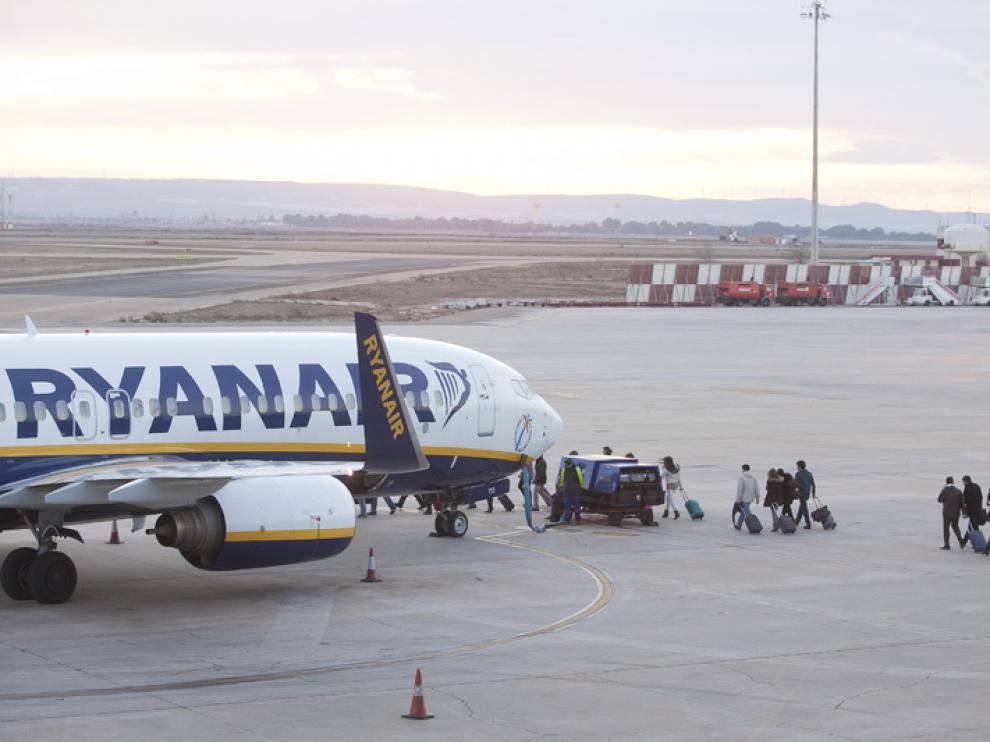 Pasajeros de Ryanair en Zaragoza