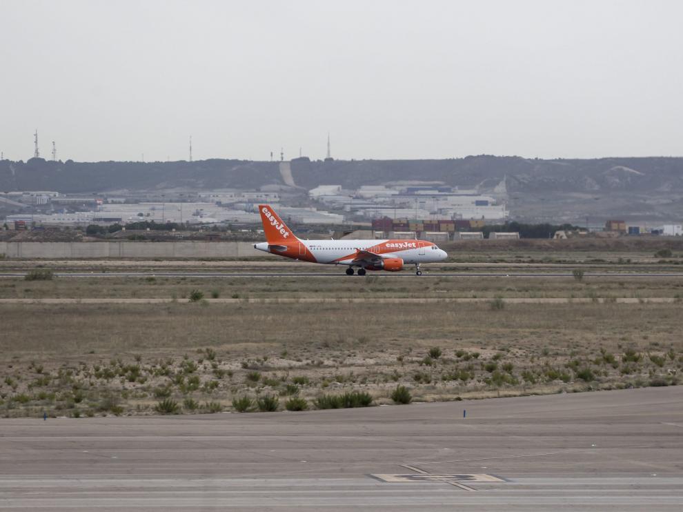 El Gobierno de Aragón negocia para que el aeropuerto de la capital aragonesa tenga vuelos regulares a Alemania.