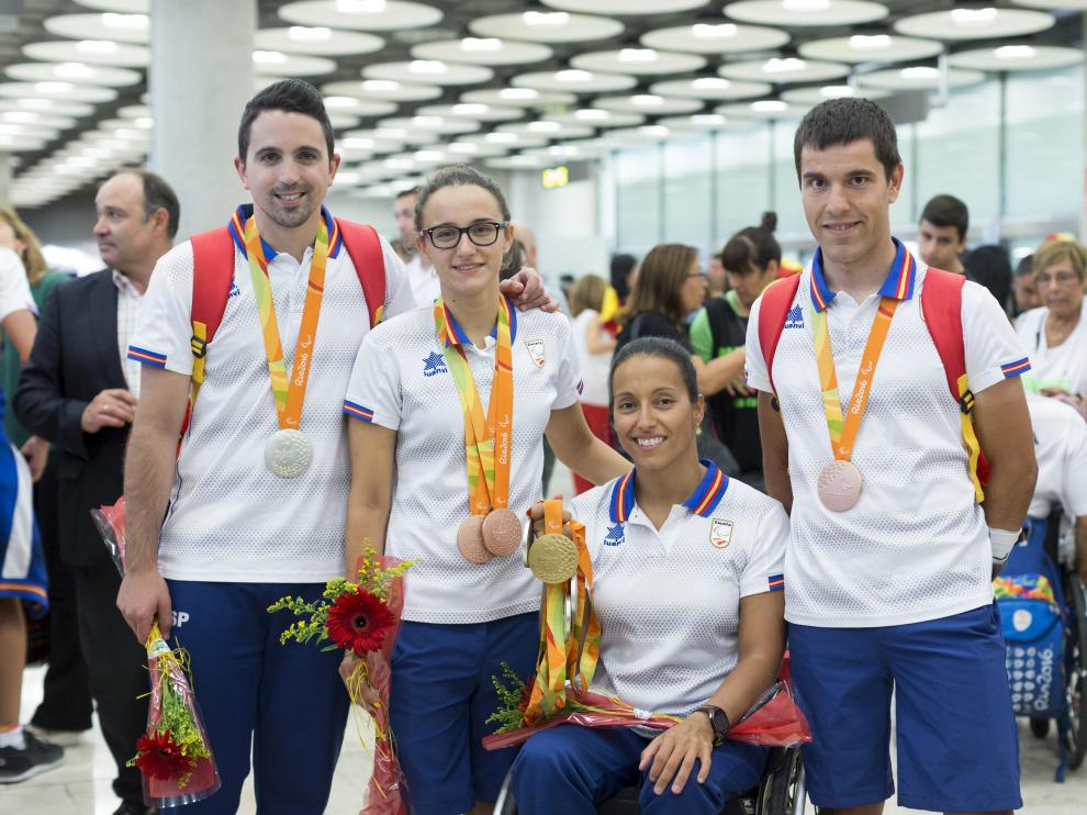 María Delgado y Teresa Perales, tras regresar de los Juegos Paralímpicos de Río.