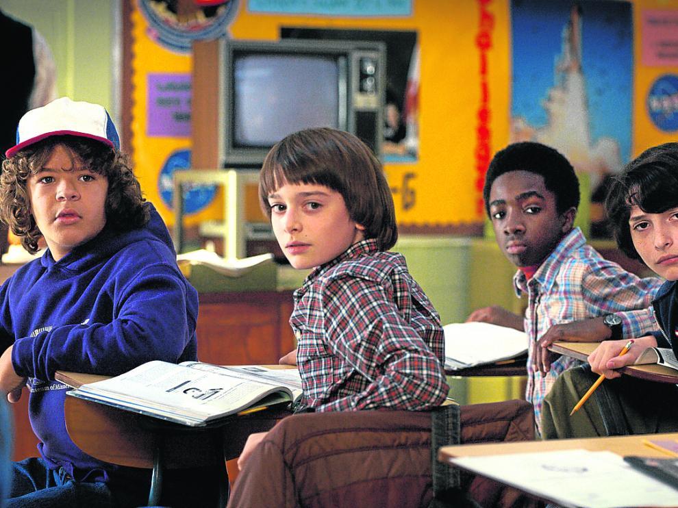 Los adolescentes protagonistas de 'Stranger Things'.
