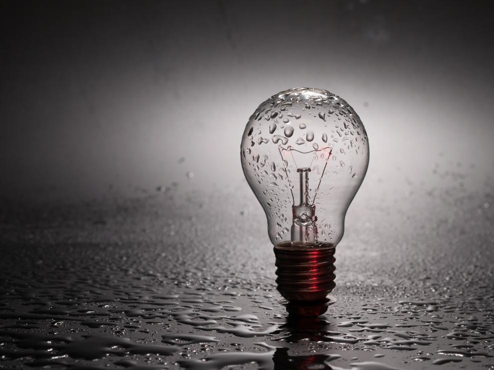 El precio de la electricidad se dispara un 40 % en las primeras semanas del año