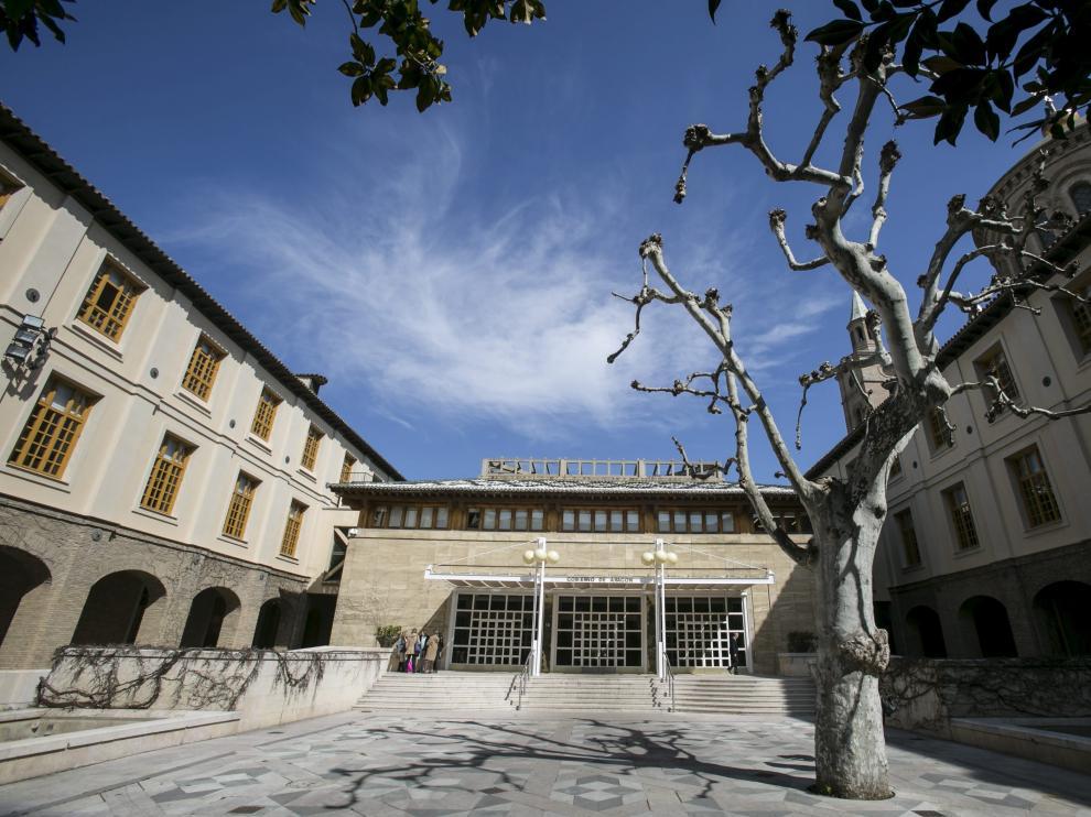 Vista del Edificio Pignatelli, sede del Gobierno de Aragón.