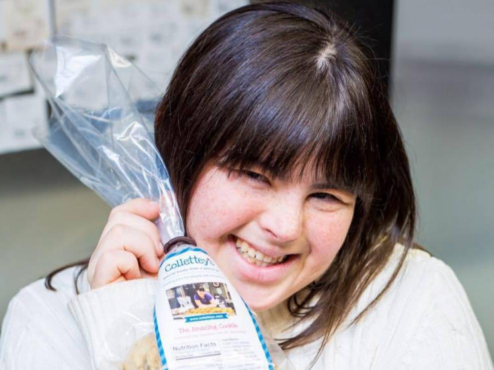 Collette Divitto, la joven emprendedora con síndrome de Down que ha creado un imperio con sus galletas.