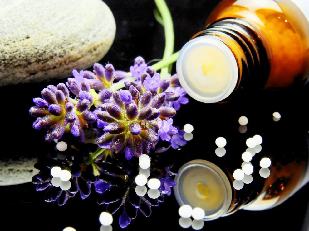 La píldora homeopática es uno de los remedios que más emplean las personas que se dedican a este sistema de medicina alternativa.