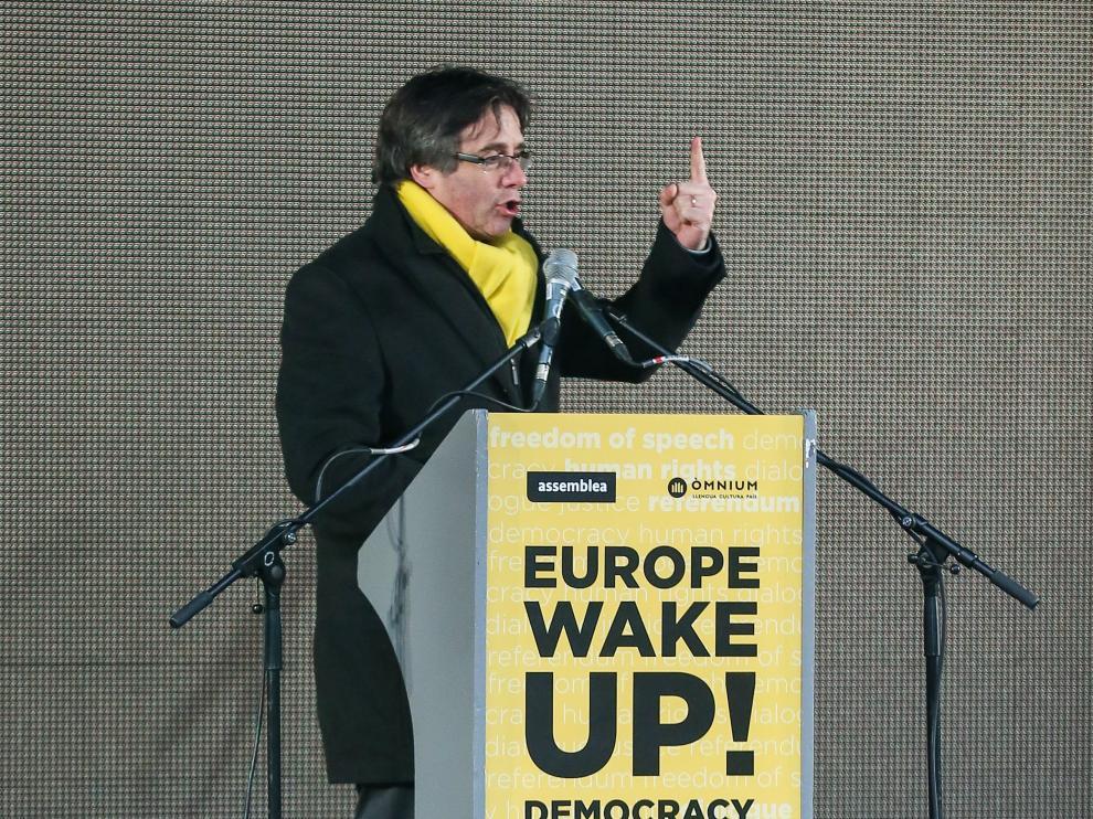 """Puigdemont, al cierre de la manifestación: """"Cataluña es la mejor cara de Europa"""""""